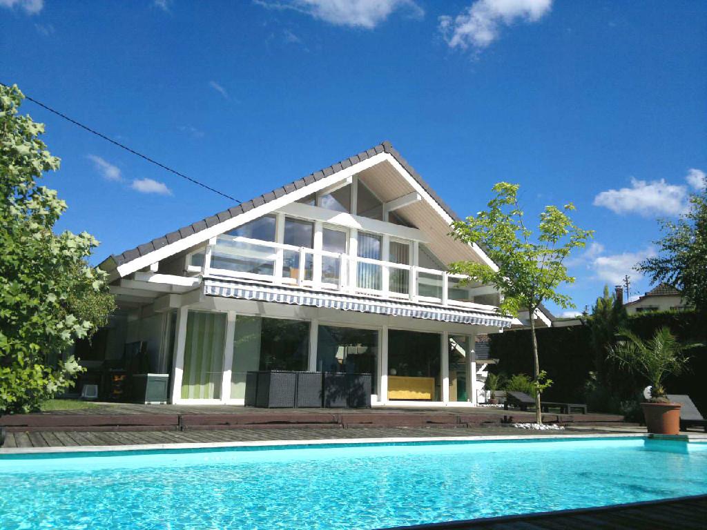 Acheter une maison regarder les petites annonces for Acheter une maison a montreal sans interet